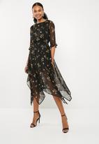 Missguided - Chiffon floral asymmetric hem midi dress black - multi