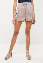 Missguided - Ultimate satin utility short - pink