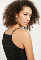 Missguided - Lace square neck bodycon dress - black