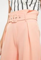 Missguided - Paper bag waist trousers - pink