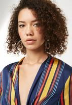 Missguided - Flared sleeve tie front striped top - multi