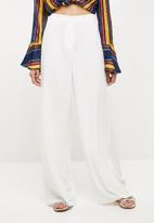 Missguided - Premium core wide leg trouser - white
