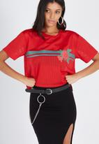 Supré  - Active mesh boxy tee  - red