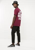 Vans - Cracked pavement tee - burgundy
