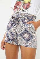 ONLY - Nova woven paper back shorts - multi