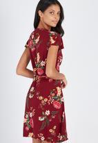Supré  - Ruffle wrap dress - red