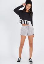 Supré  - Velour shorts  - grey