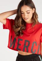 Supré  - Printed super crop tee - red
