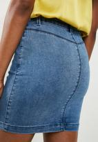 Missguided - Superstretch denim mini skirt - blue