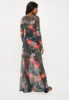 Missguided - Floral thigh split sheer mesh maxi dress - black