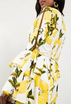 Missguided - Lemon print playsuit - yellow