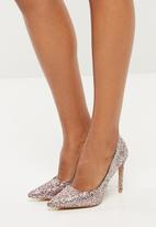 Public Desire - Debbie glitter court heel - pink