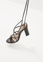 Missguided - Multi strap sandal - black