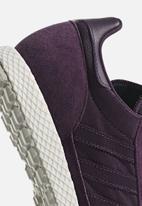 adidas Originals - Oregon W - Red night F17 / Cloud white / Grey one F17