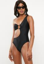 Missguided - One shoulder ring front cut out swimsuit - black