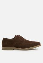 Superbalist - Classic Brogue - brown