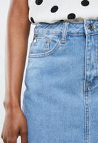 Missguided - Tall notched hem denim skirt - blue