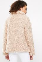 Missguided - Shaggy waterfall faux fur jacket - pink