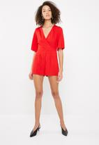 Missguided - Frill back detail playsuit - red