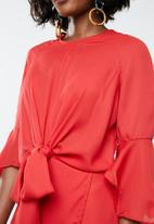 Missguided - Tie detail wrap dress - red