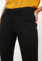 Superbalist - Chino pant - black