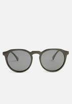 Superbalist - Tim sunglasses - black
