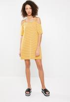 Superbalist - Off the shoulder dress with strap detail - mustard & white