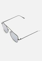 Superbalist - Ben sunglasses - black