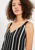 Superbalist - Stripe romper - black & white