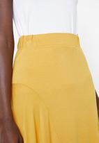 Superbalist - Knit midi skirt - yellow