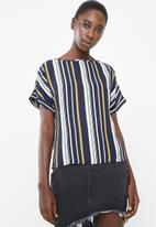 Superbalist - Woven turn back cuff tee - multi