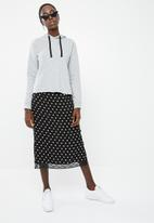 Superbalist - Midi pencil skirt with lace trim - black & white