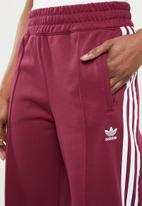 adidas Originals - Contemp track pants - pink