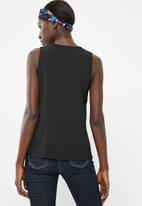 Superbalist - Upstyled woven vest - black