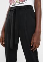 Superbalist - Soft pant with self tie - black