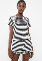 Superbalist - Sleep tee and shorts set - black and white stripe