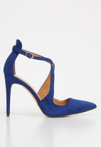 Sissy Boy - Strappy court heels - blue