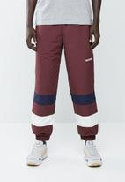 Asics Tiger - CB windbreaker pants - burgundy