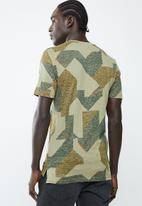 Only & Sons - Sylas short sleeve tee - green
