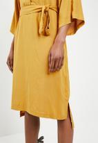 STYLE REPUBLIC - Self-tie shirt dress - yellow