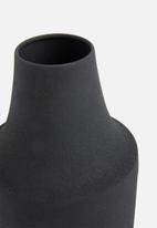 Present Time - Nimble vase slope iron - black