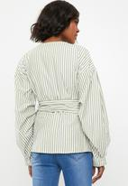 STYLE REPUBLIC - Volume sleeve wrap blouse - green & white
