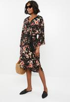 STYLE REPUBLIC - Self-tie shirt dress - floral