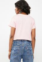 Superbalist - Short sleeve crew neck tee - pink