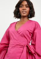 STYLE REPUBLIC - Volume sleeve wrap blouse - pink