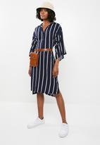 STYLE REPUBLIC - Self-tie shirt dress - navy and white stripe