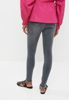 STYLE REPUBLIC - Frayed hem skinny jeans - black