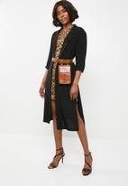 Superbalist - Longer length blazer kimono - black
