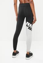 PUMA - All me 7/8 tights - black