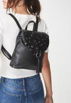 Typo - Magical backpack - magic star